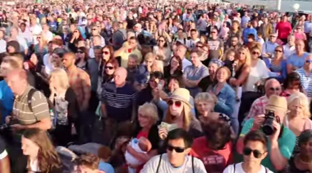 The wonderful crowds